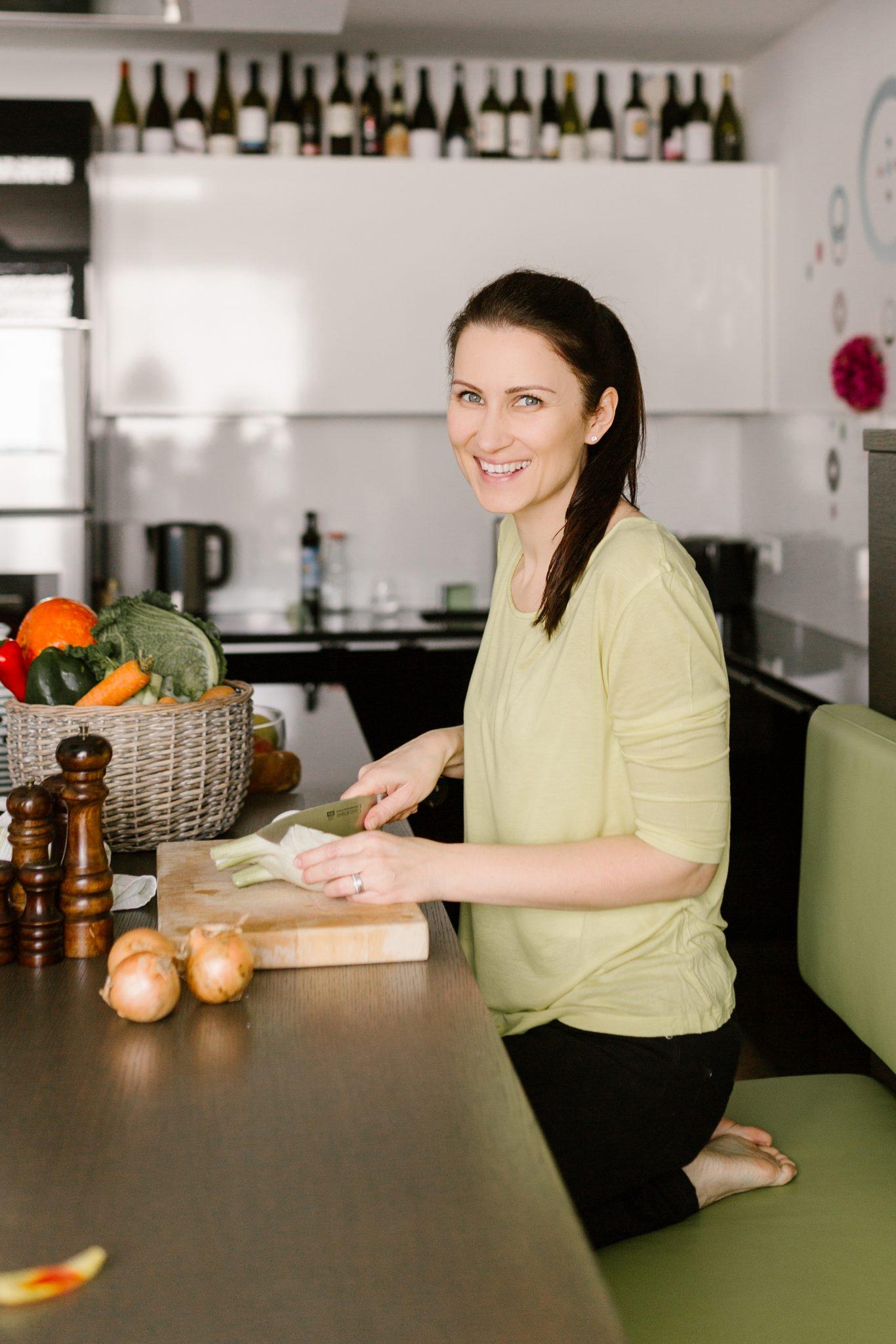 Anna Reschreiter - TCM Ernährung - 5 Elemente Ernährung - TCM Ernährungsberatung - TCM Durchstarterkurs - TCM Sommer Akademie